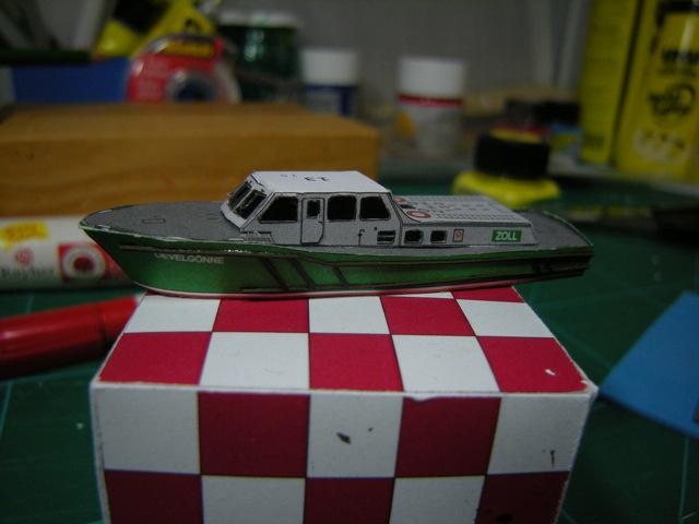 Hafenfahrzeuge 1 von HMV 1:250 Dscn4923