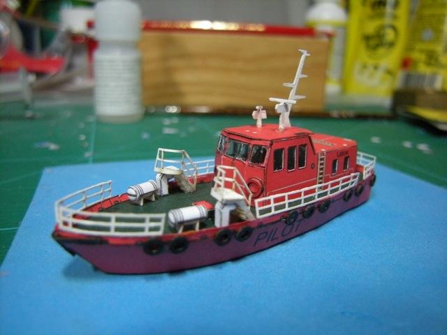 Hafenfahrzeuge 1 von HMV 1:250 Dscn4945