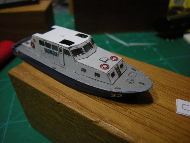 Hafenfahrzeuge 1 von HMV 1:250 - Seite 2 Dscn5031