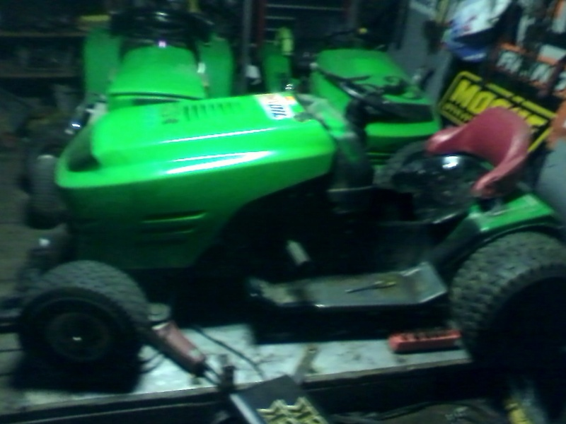my lime green raceing lawn mowers  Green_16