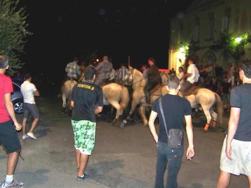 bandido de nuit  fete votive de villevielle  le 16 aout 2012 manade robert h 100_3579