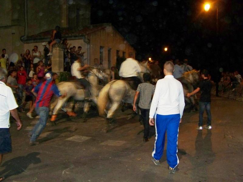 bandido de nuit  fete votive de villevielle  le 16 aout 2012 manade robert h 100_3582