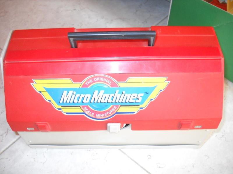 valigetta micromachines + oggetti vari 01712