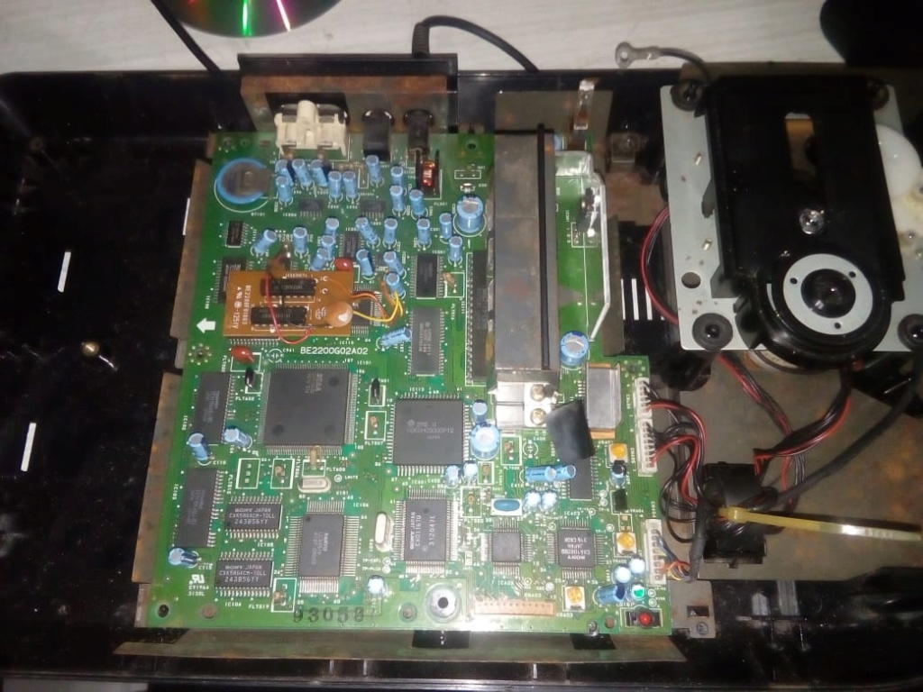 Ayuda con SEGA CD Model 2 Whatsa10