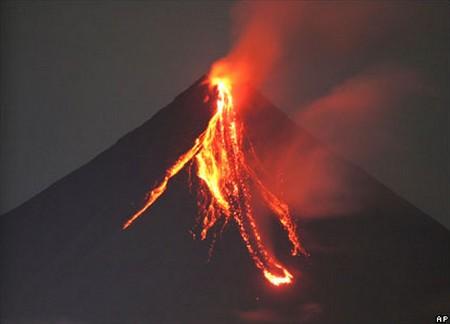 Volcans   Brésil Erupti10