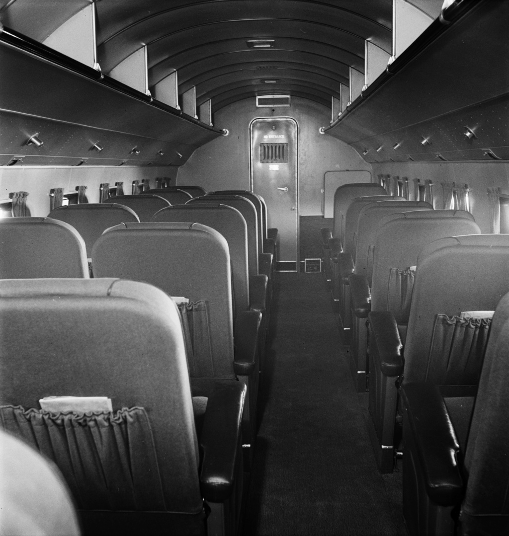 """[CONCOURS """"Ca brille""""] DC-3 Swissair 1937 - ITALERI- 1/72 Lbs_sr31"""