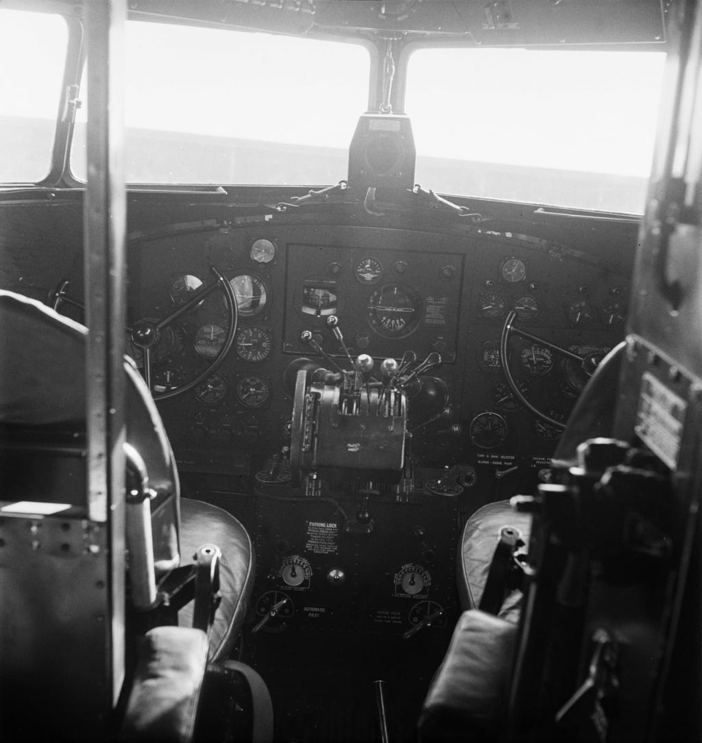 """[CONCOURS """"Ca brille""""] DC-3 Swissair 1937 - ITALERI- 1/72 Lbs_sr35"""