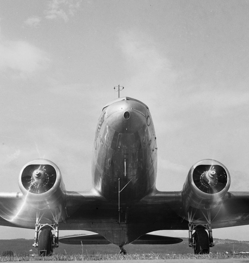 "[CONCOURS ""Ca brille""] DC-3 Swissair 1937 - ITALERI- 1/72 - Page 6 Lbs_sr53"
