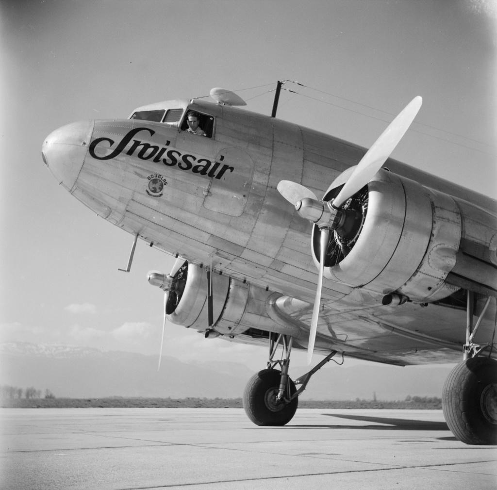 "[CONCOURS ""Ca brille""] DC-3 Swissair 1937 - ITALERI- 1/72 - Page 6 Lbs_sr55"