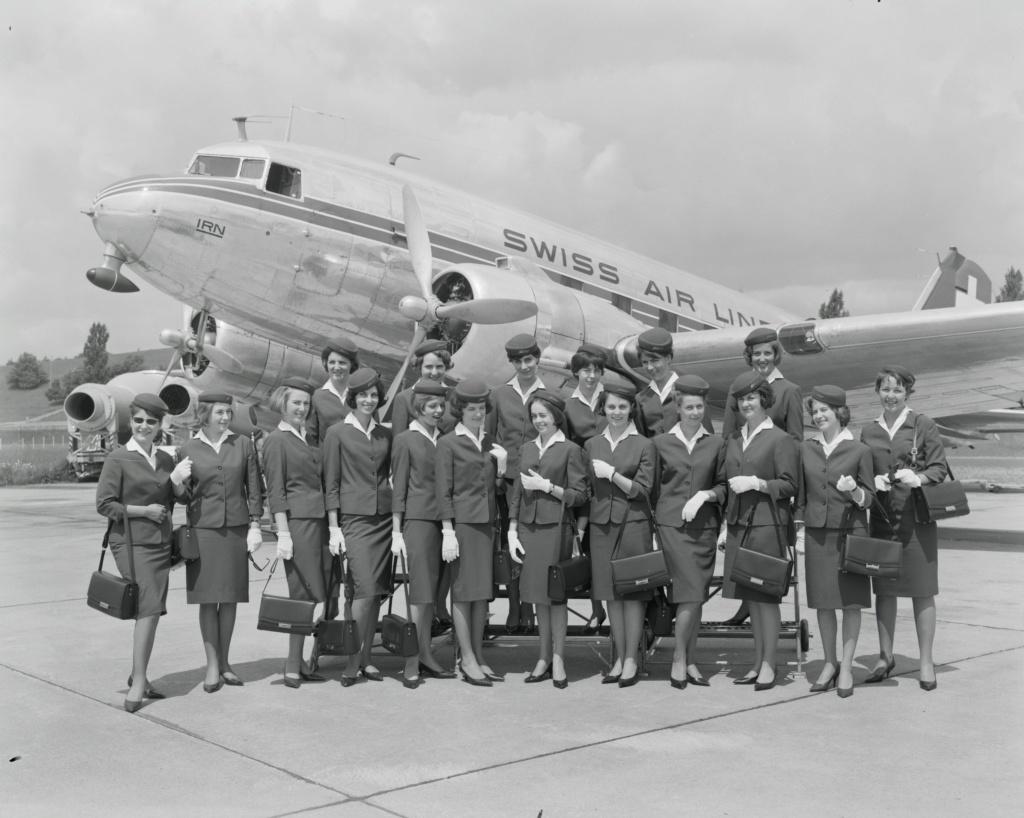 "[CONCOURS ""Ca brille""] DC-3 Swissair 1937 - ITALERI- 1/72 - Page 6 Lbs_sr58"