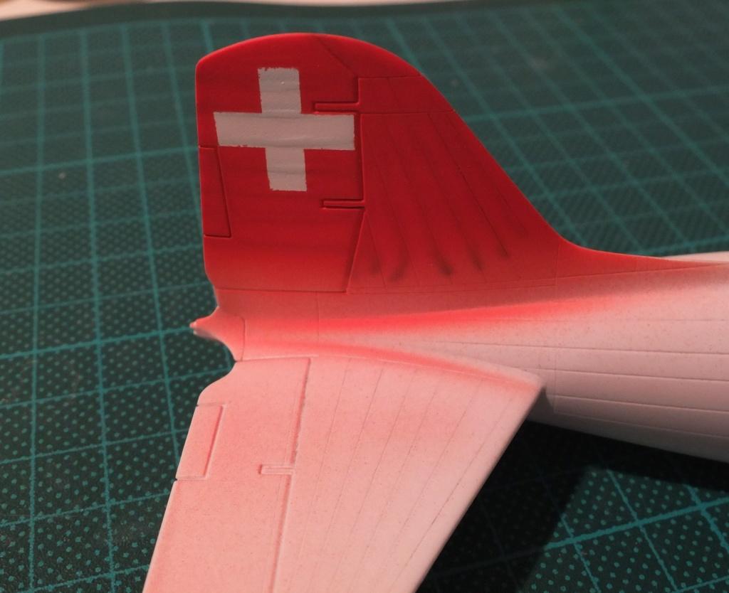 "[CONCOURS ""Ca brille""] DC-3 Swissair 1937 - ITALERI- 1/72 - Page 6 S0011710"