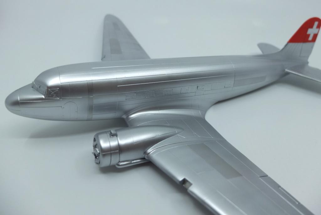 "[CONCOURS ""Ca brille""] DC-3 Swissair 1937 - ITALERI- 1/72 - Page 7 S0011711"