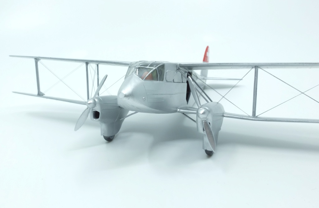 DH-89 Dragon Rapide - Swissair - Kit Heller 1/72 - Page 3 S0031511