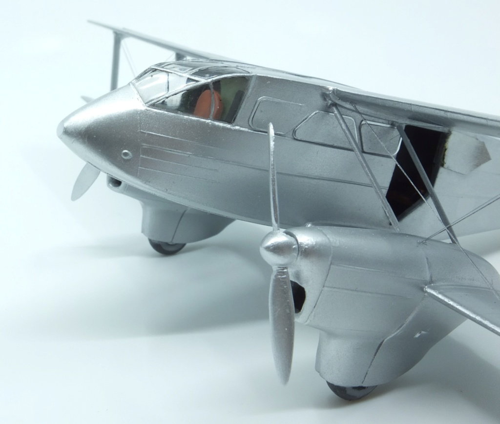 DH-89 Dragon Rapide - Swissair - Kit Heller 1/72 - Page 3 S0041511