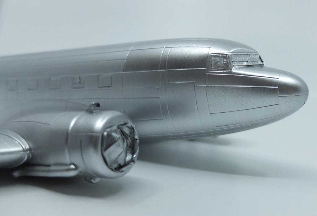 "[CONCOURS ""Ca brille""] DC-3 Swissair 1937 - ITALERI- 1/72 - Page 7 S0041710"