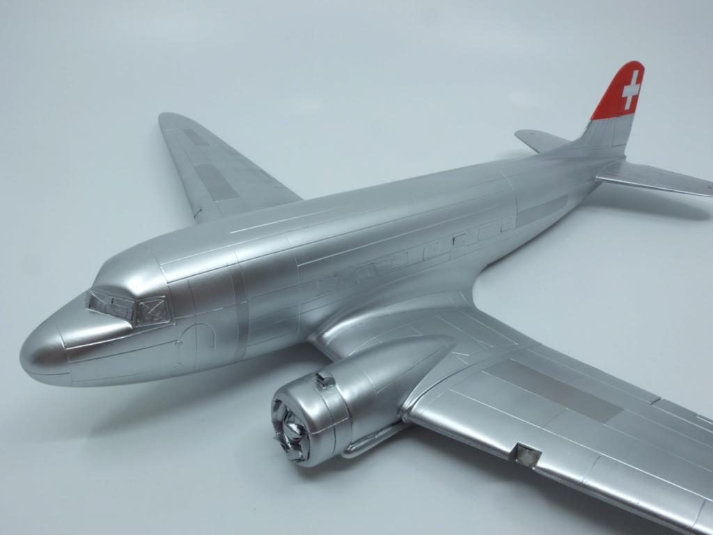 "[CONCOURS ""Ca brille""] DC-3 Swissair 1937 - ITALERI- 1/72 - Page 7 S0081710"
