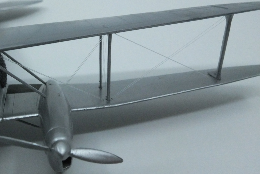 DH-89 Dragon Rapide - Swissair - Kit Heller 1/72 - Page 3 S0091411