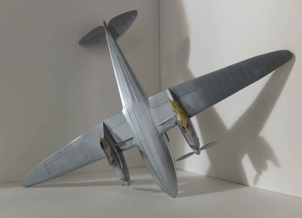 DH-89 Dragon Rapide - Swissair - Kit Heller 1/72 - Page 3 S0251410
