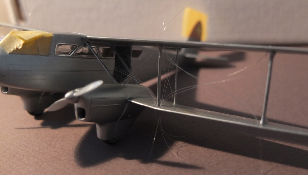 DH-89 Dragon Rapide - Swissair - Kit Heller 1/72 - Page 3 S0541410