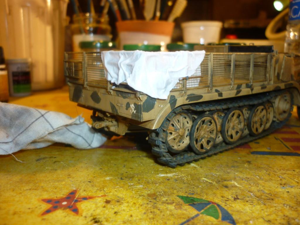 "Chasse au partisan - Yougoslavie 1943 ""Prinz Eugen"" - Autoblinda Ab 43 italeri + Sd.Kfz 7/1 2cm Flakvierling 38 +  6 personnages Alpine 1/35 - Page 5 P1090531"