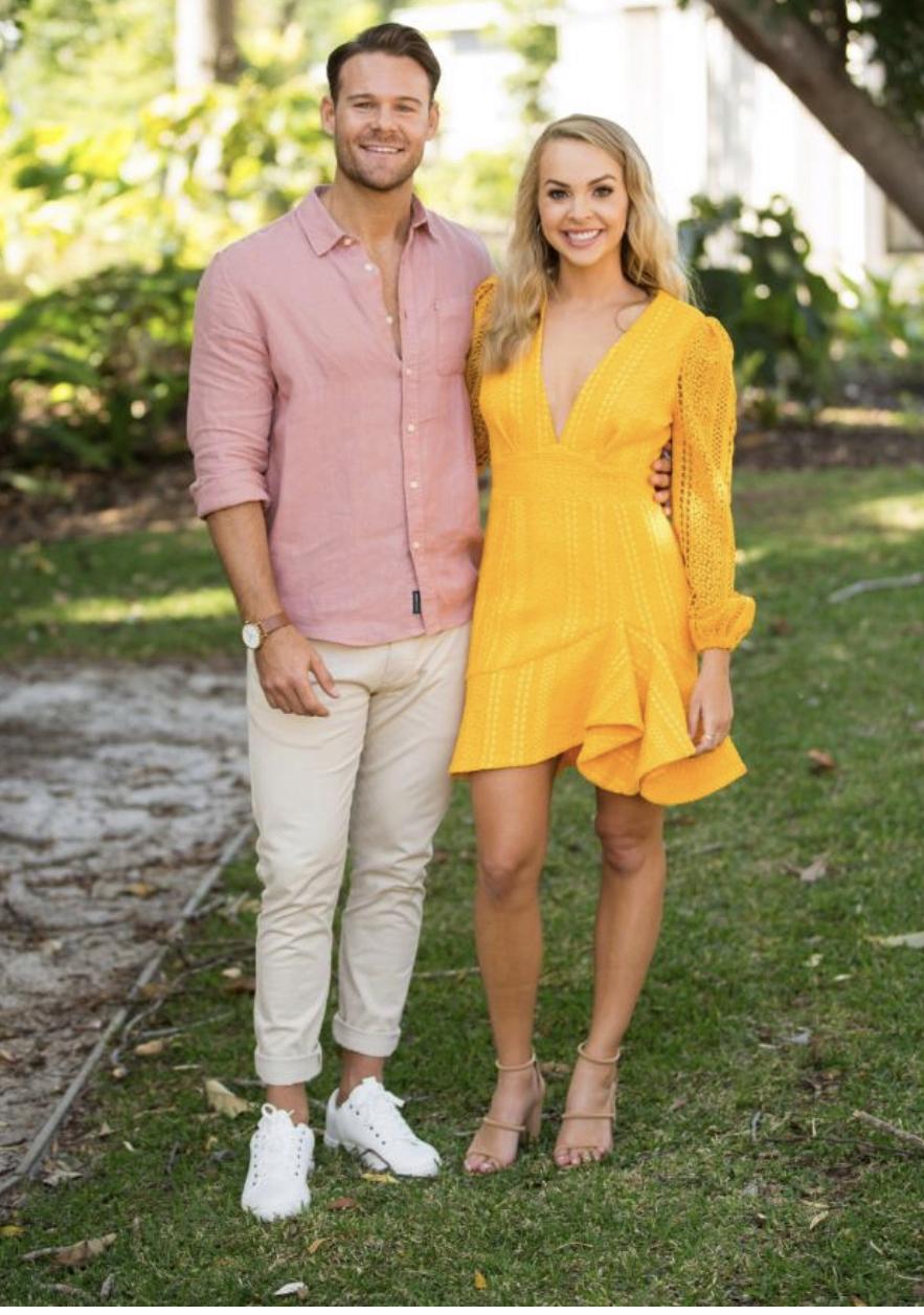 Angie Kent - Carlin Sterritt - Bachelorette Australia - Season 5 - Fan Forum - Page 5 F5311410
