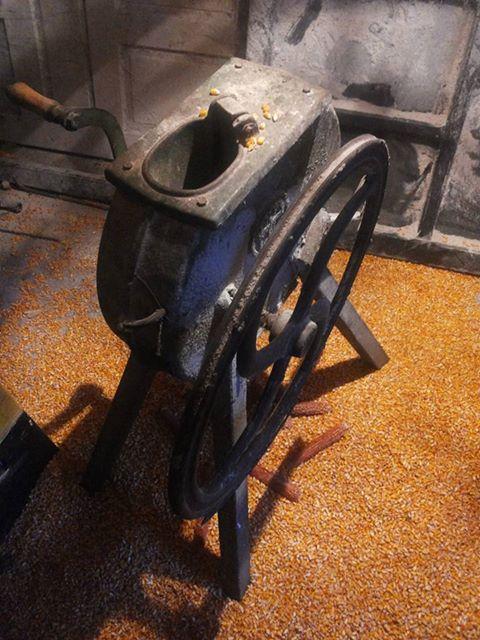 Ručna runilica za kukuruz 16002710
