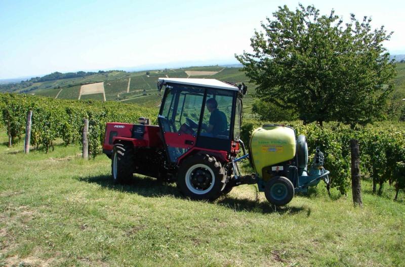Traktori  Pierre   17949611