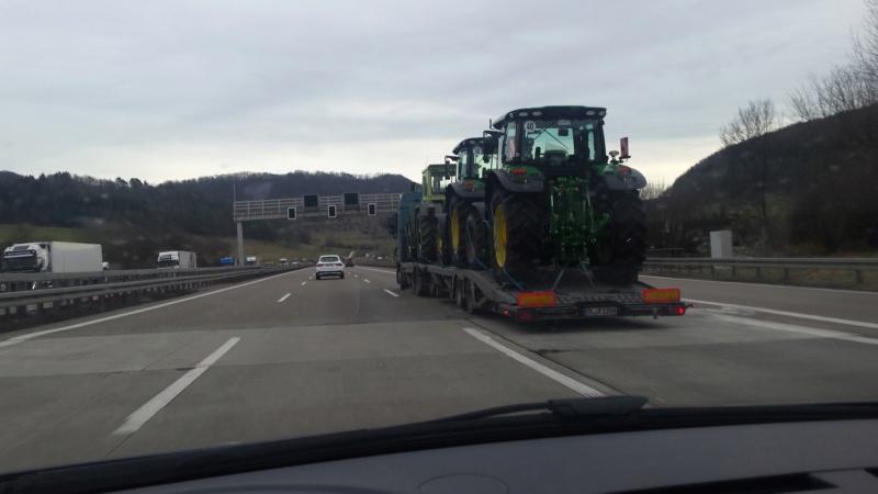 Traktori John Deere opća tema 20200110