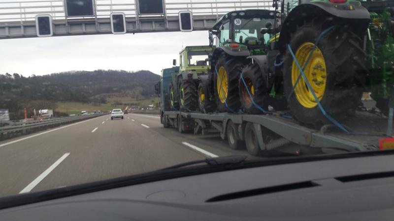 Traktori John Deere opća tema 20200111