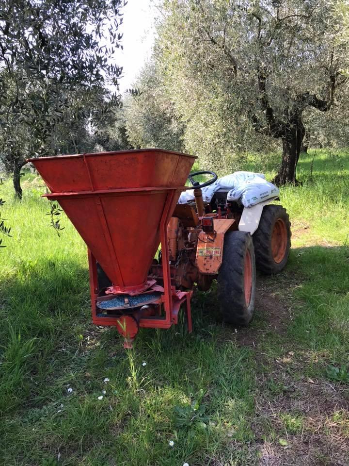 Rasipači mineralnog gnojiva 52917310