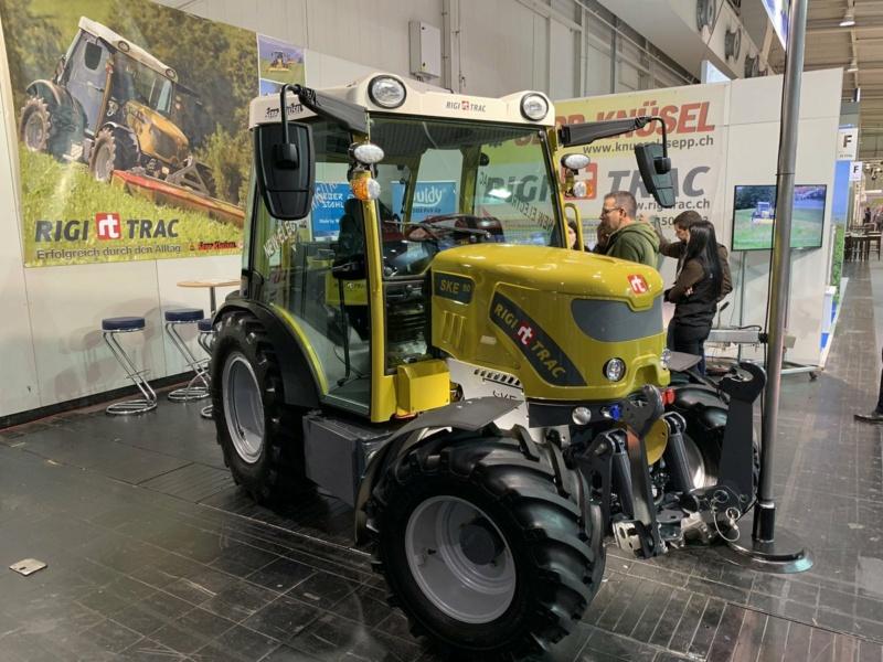 Rigitrac  traktori  Ejrpzb10