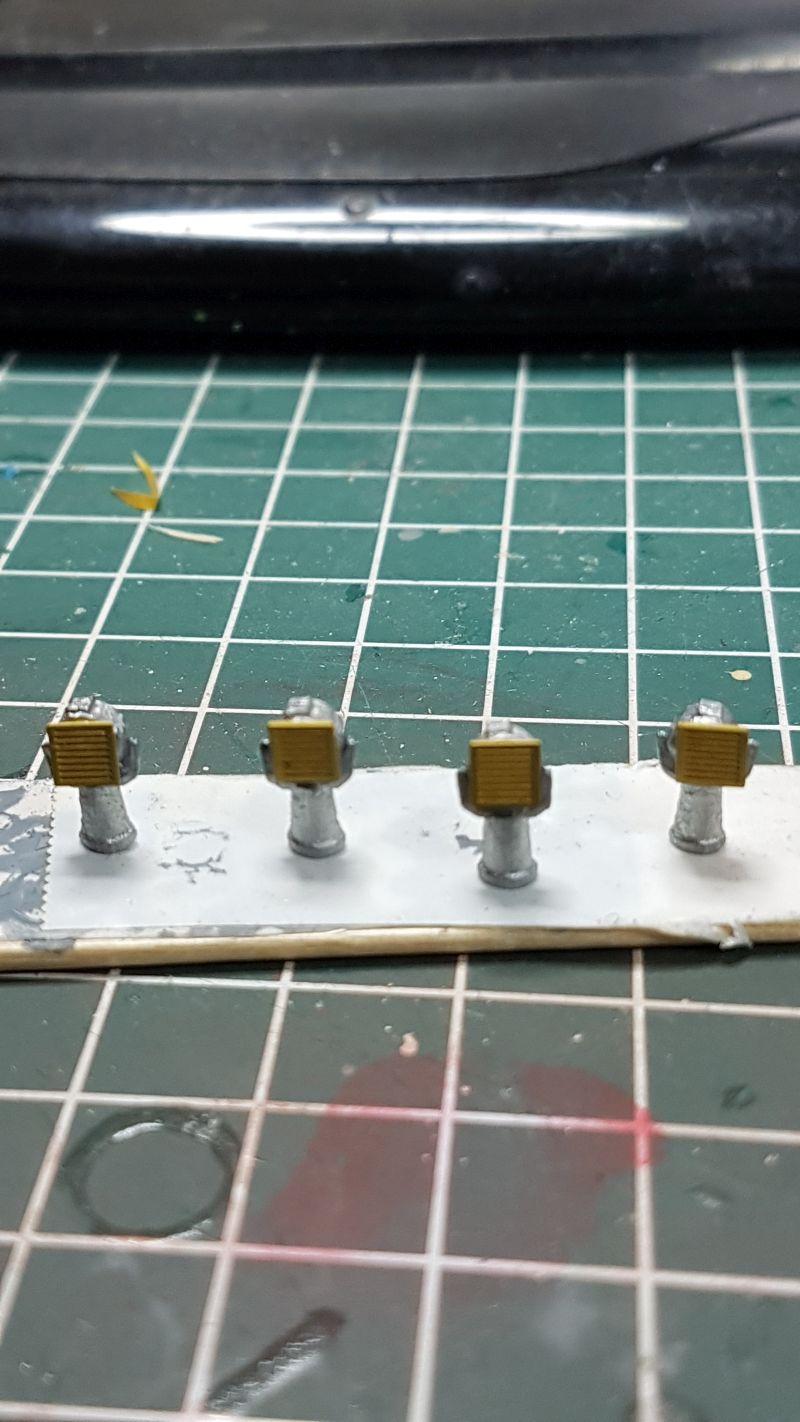 HMS HOOD 1:200 von Hachette gebaut von arrowsmodell - Seite 8 001_4_10