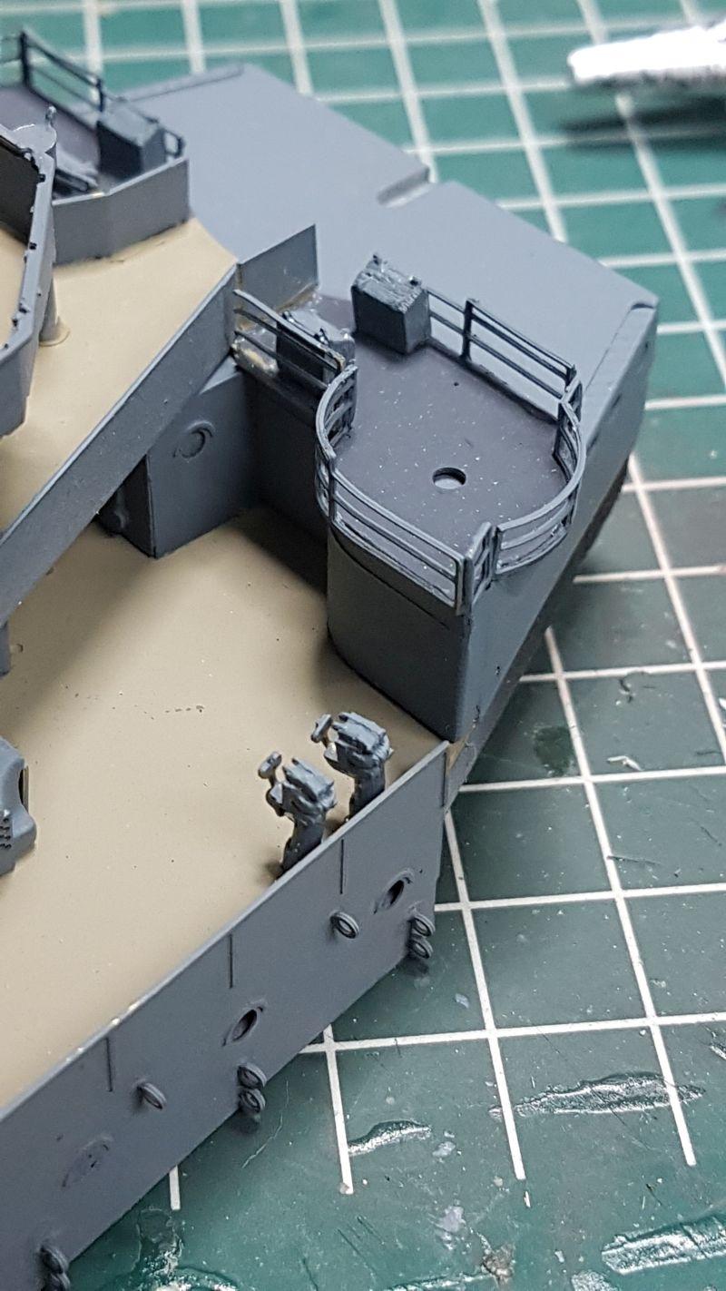 HMS HOOD 1:200 von Hachette gebaut von arrowsmodell - Seite 8 010_8013