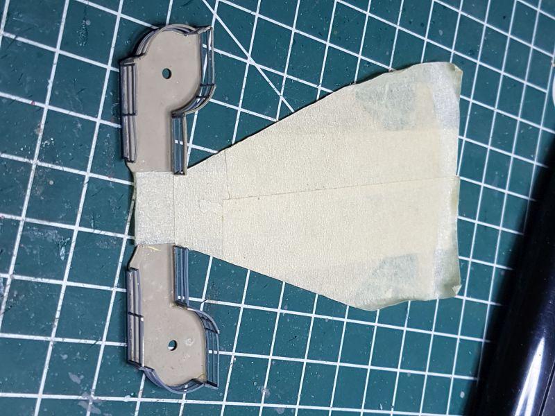 HMS HOOD 1:200 von Hachette gebaut von arrowsmodell - Seite 8 015_8011