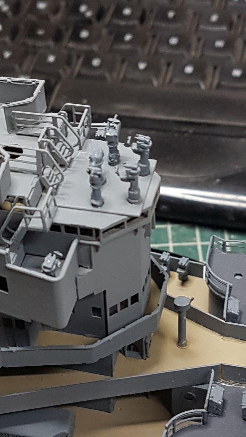 HMS HOOD 1:200 von Hachette gebaut von arrowsmodell - Seite 8 018_8011