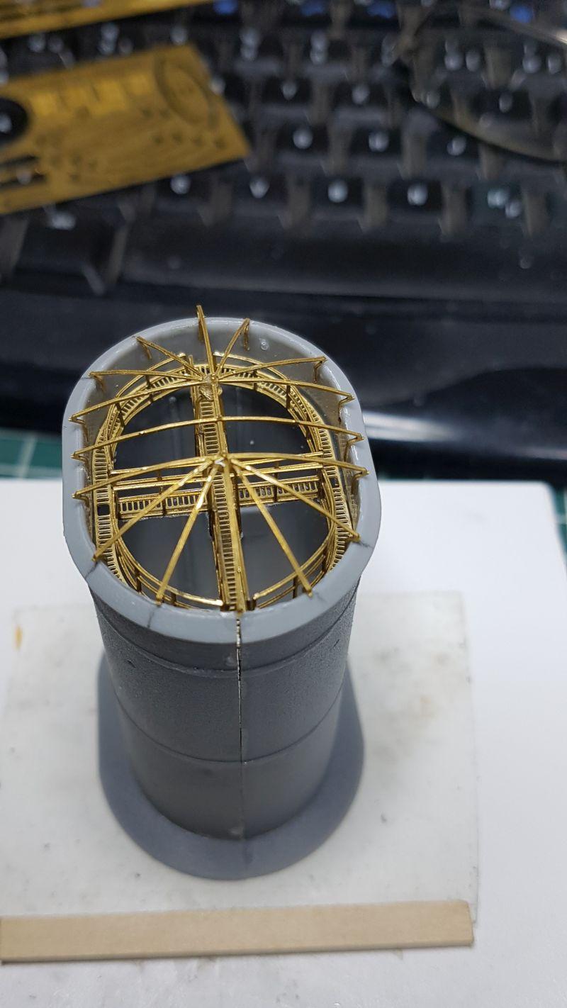 HMS HOOD 1:200 von Hachette gebaut von arrowsmodell - Seite 8 018_h410
