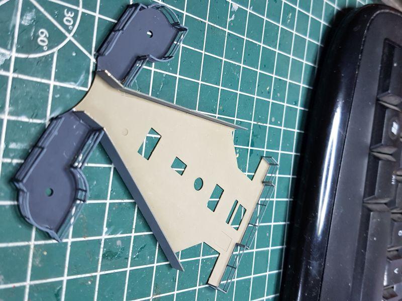 HMS HOOD 1:200 von Hachette gebaut von arrowsmodell - Seite 8 019_8010