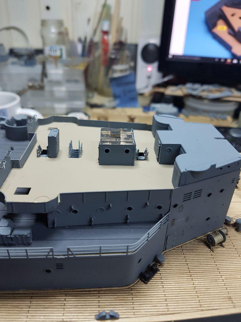HMS HOOD 1:200 von Hachette gebaut von arrowsmodell - Seite 8 573_8010