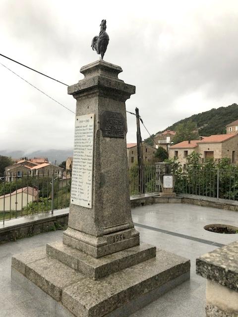 [ Histoires et histoire ] Monuments aux morts originaux Français Tome 2 - Page 16 Img_7811
