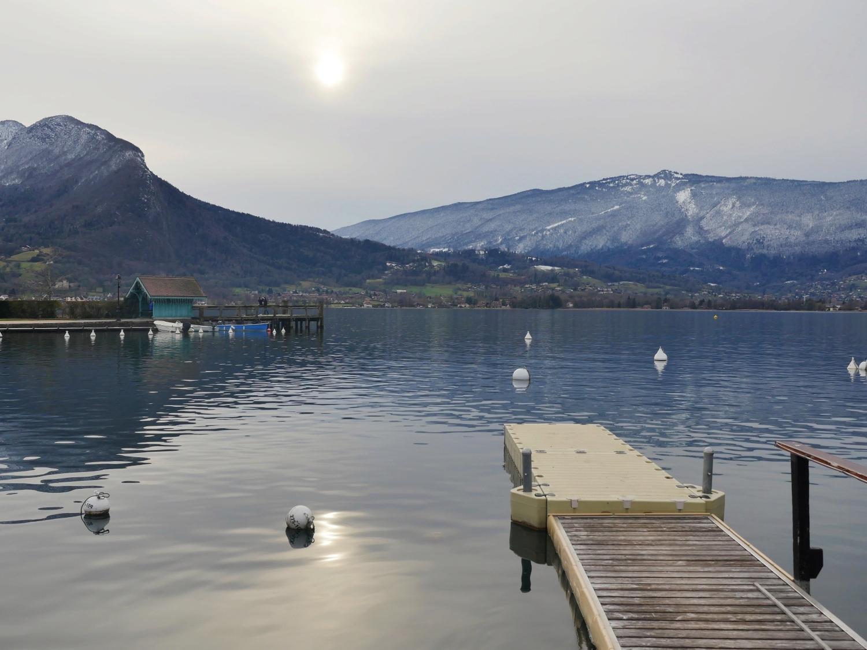 Soleil blanc sur le lac P1090610