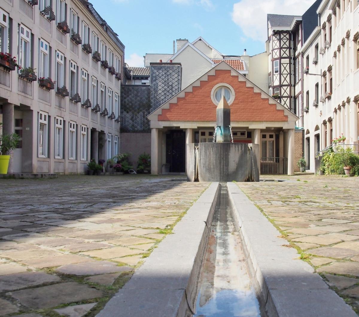 Fontaines de France et d'ailleurs - Page 3 P8055110