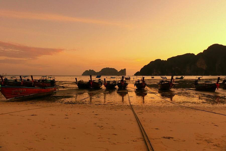 Fin de journée à Koh Phi Phi Yololo10
