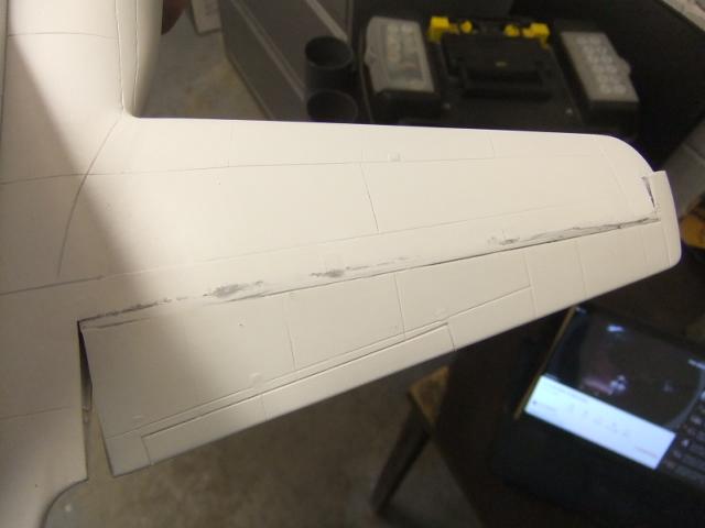 2 x C-130 HERCULE au 1/48ieme ! - Page 9 Dscf1136