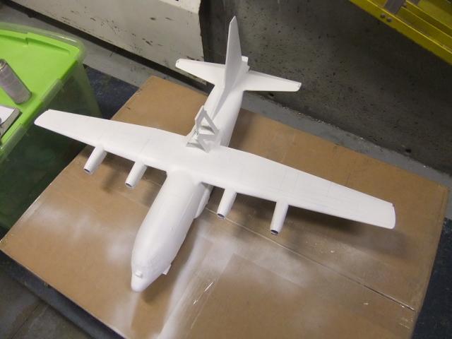 2 x C-130 HERCULE au 1/48ieme ! - Page 9 Dscf1319