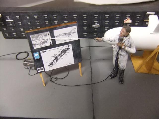 Diorama du Bidon largable du AVRO CF-105 ARROW Dscf3278