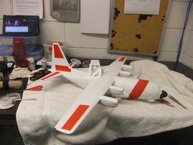 2 x C-130 HERCULE au 1/48ieme ! - Page 10 Dscf3915
