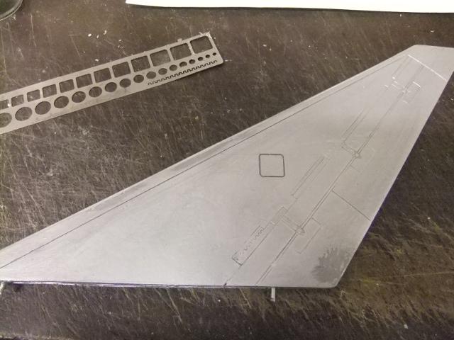 2 x CF-105 ARROW 'd'HOBBYCRAFT 1/48 avec quelque modification +Hanguar FFM+Hanguar de lancement des Bomarc - Page 13 Dscf6351