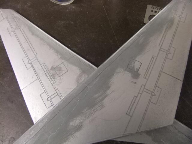 2 x CF-105 ARROW 'd'HOBBYCRAFT 1/48 avec quelque modification +Hanguar FFM+Hanguar de lancement des Bomarc - Page 13 Dscf6353