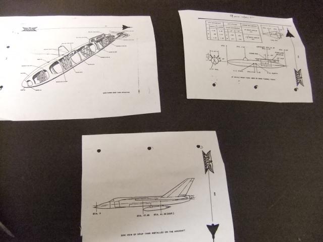 2 x CF-105 ARROW 'd'HOBBYCRAFT 1/48 avec quelque modification +Hanguar FFM+Hanguar de lancement des Bomarc - Page 13 Dscf6797