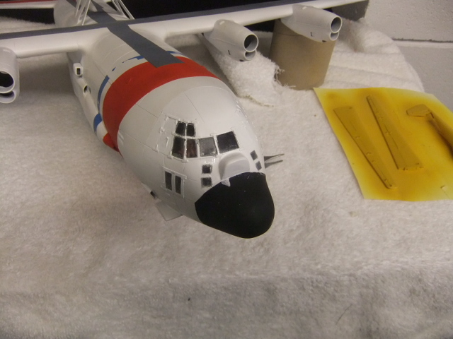 2 x C-130 HERCULE au 1/48ieme ! - Page 11 Dscf7002
